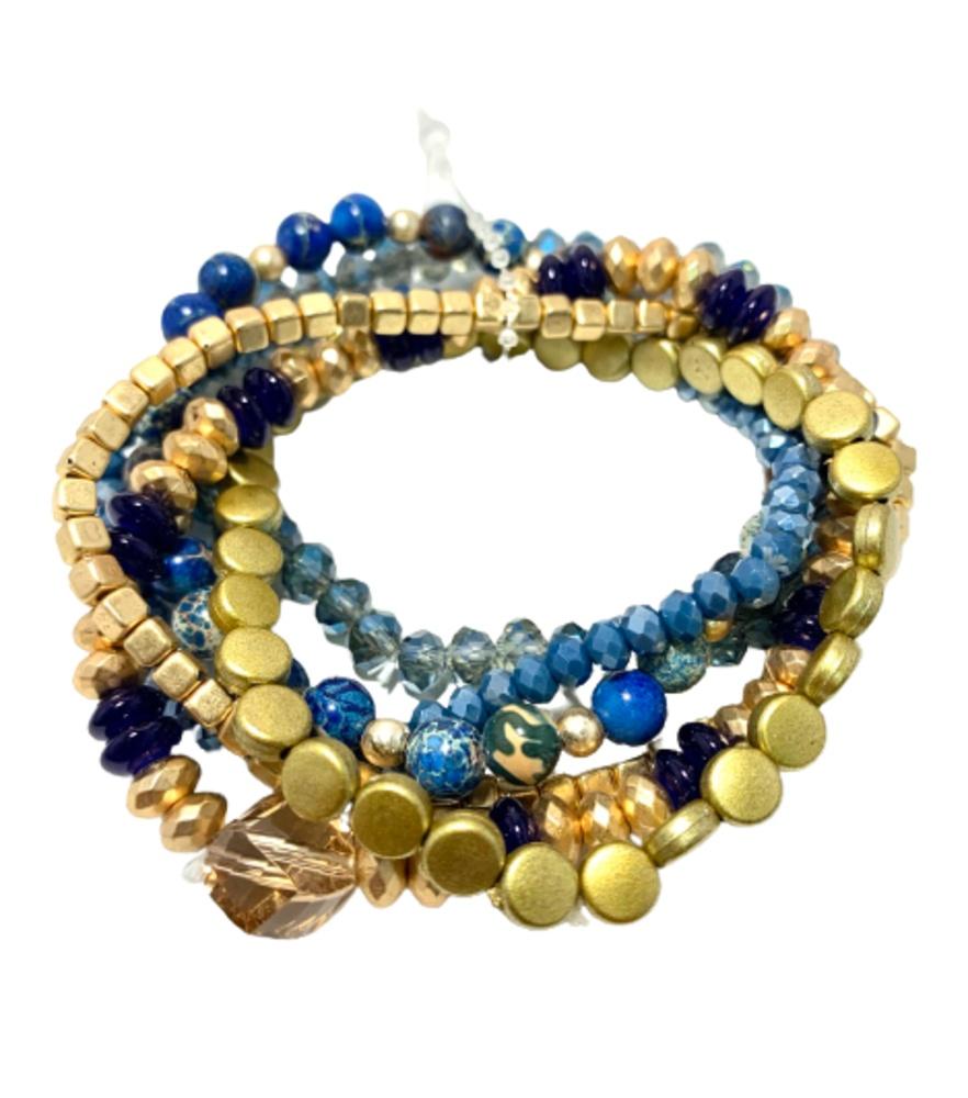 Pulsera de piedras naturales y cristalitos con dorado.