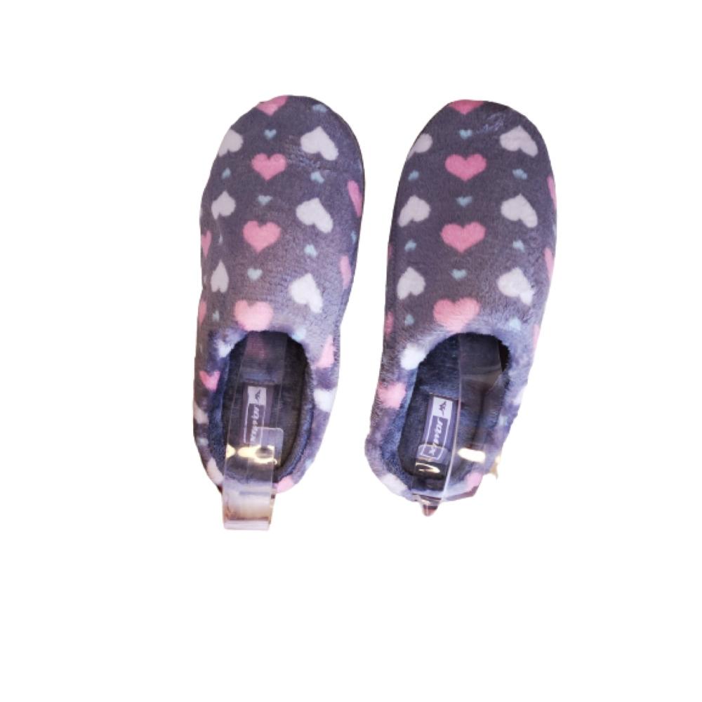 Zapatillas casa gris corazón
