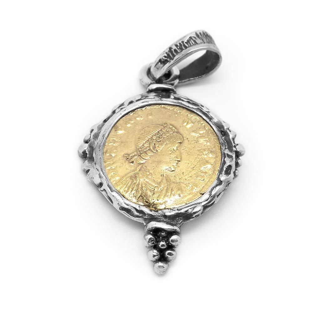 La Perionda Silver Pendant