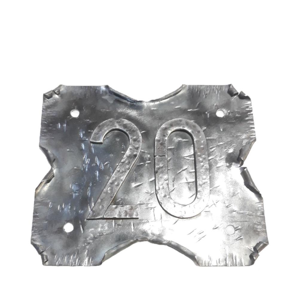 Pergamino de Forja Rústico con Número 20 para Pared