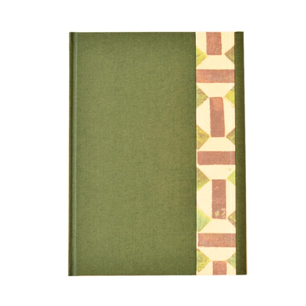Cuaderno de notas con solapa magnética - Color verde. A5