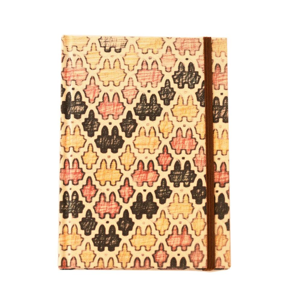 Cuaderno de notas con goma y páginas rayadas - Formato A6