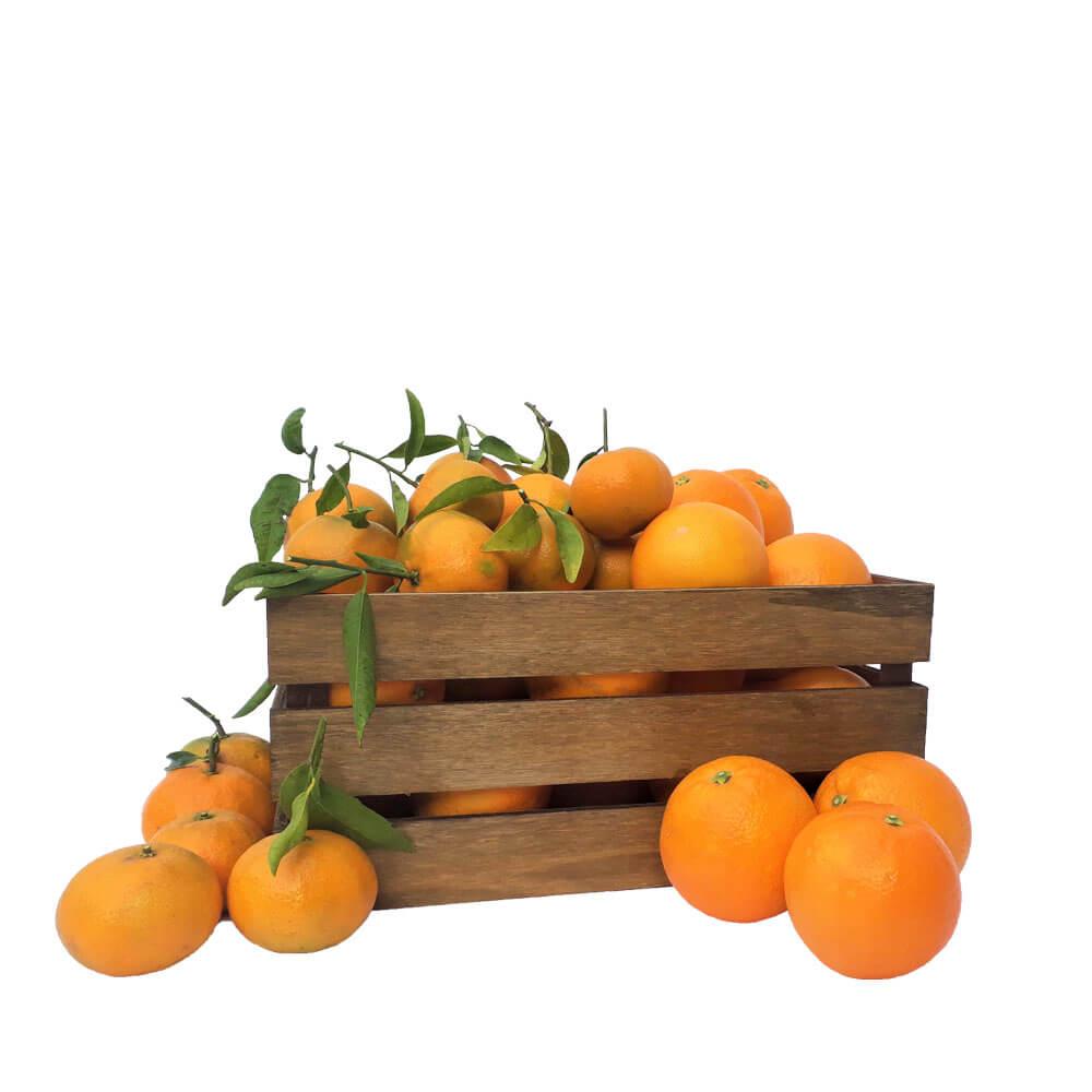 Caja de naranjas y mandarinas