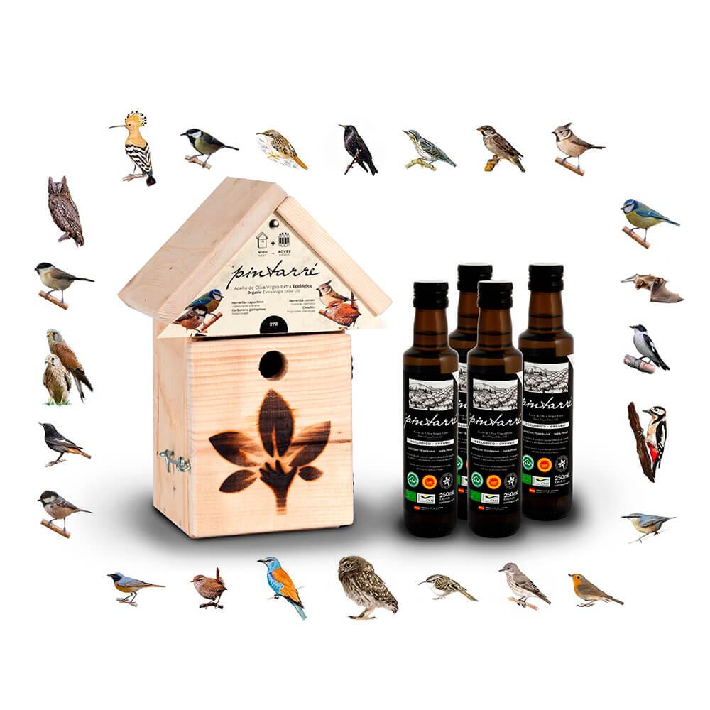 Caja nido con 4 botellas de AOVE ecológico de Pintarré en Correos Market