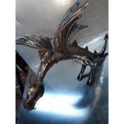 Escultura de dragón en forja